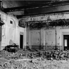 Zerstörter Festsaal im Blindeninstitut, 1945