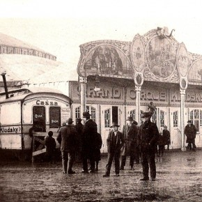 Jesuitenwiese, Zirkus Kludsky, um 1900